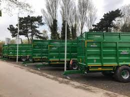 BROUGHAN 18 TON SILAGE TRAILER *DUE IN*